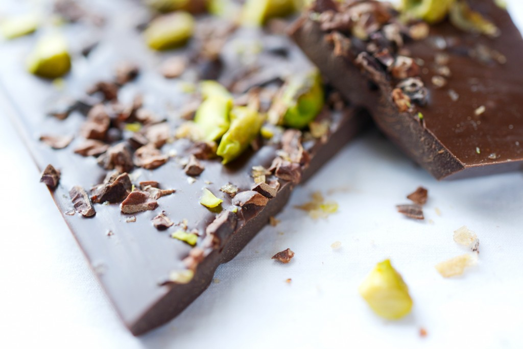 Cocoa Nib, Pistachio, Smoked Sea Salt Bar